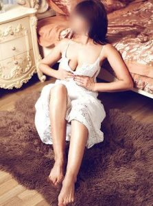 Фото проститутки СПб по имени Катерина +7(931)300-15-36