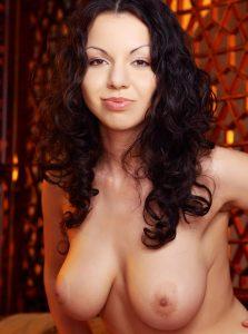 Фото проститутки СПб по имени Ванесса +7(931)008-87-25