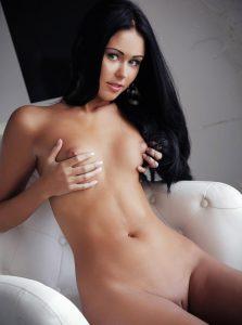 Фото проститутки СПб по имени Карина +7(921)578-83-95
